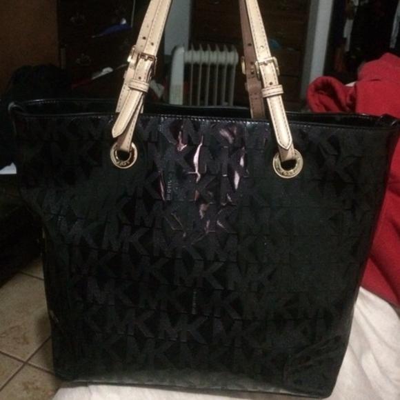 722c47ea5c78 Michael Kors Bags | Jet Set Logo Tote Shiny Black | Poshmark